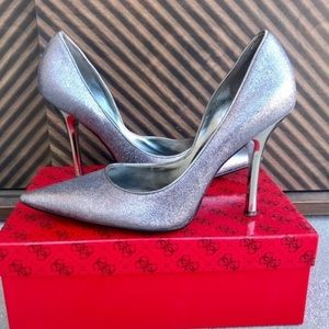 GUESS SILVER glitter pumps HEELS Carrie stiletto